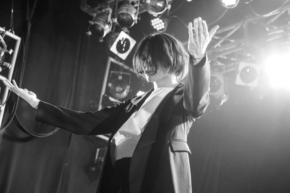 ドレスコーズ ライブ写真 in福岡