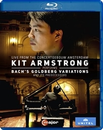 バッハ 「ゴルトベルク変奏曲」 とその先人たち (Bach's Goldberg Variations and Its Predecessors ~ Live from The Concertgebouw Amsterdam / Kit Armstrong) [Blu-ray] [輸入盤] [日本語帯・解説付]